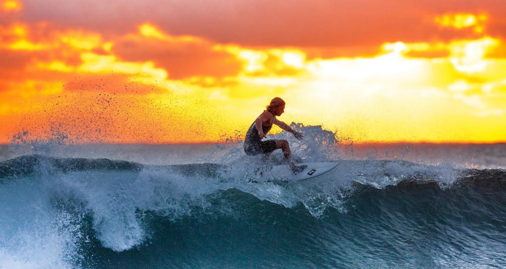 agile surfer