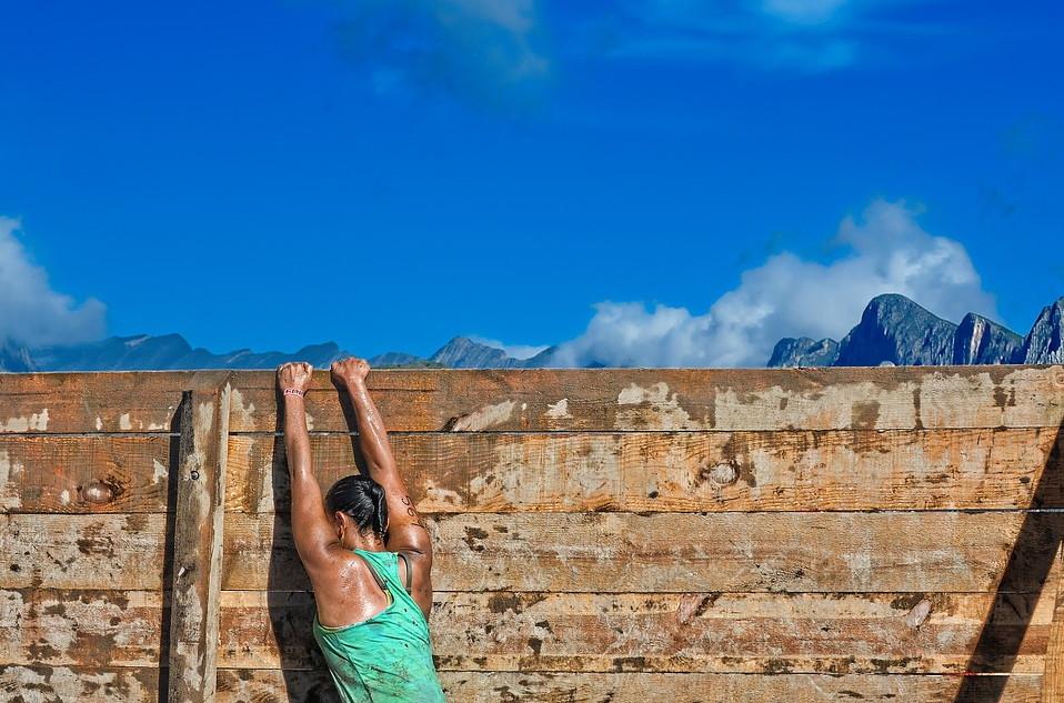 runner vs. obstacle